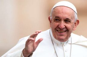 Papa-Francisco-contento-Daniel-Ibanez-ACI-09062019