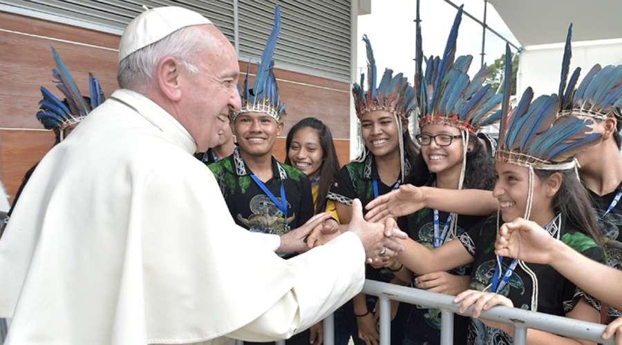 """El Vaticano publica el """"Instrumentum laboris"""" para el Sínodo de los Obispos"""
