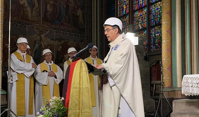 Catedral de Notre Dame acoge primera Misa 2 meses después de devastador incendio