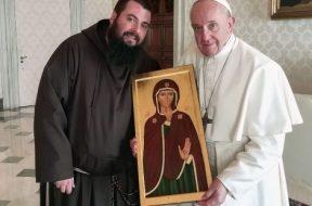 web-silence-virgin-pope-francis-40fraemilioantenucci