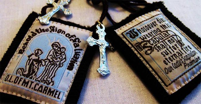 Estas son las promesas de la Virgen para quien lleve el Escapulario del Carmen