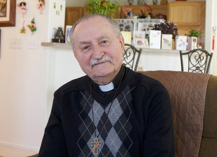 Preso en un gulag y luego en Auschwitz, donde cargaba cadáveres: no abandonó a Dios y hoy es diácono