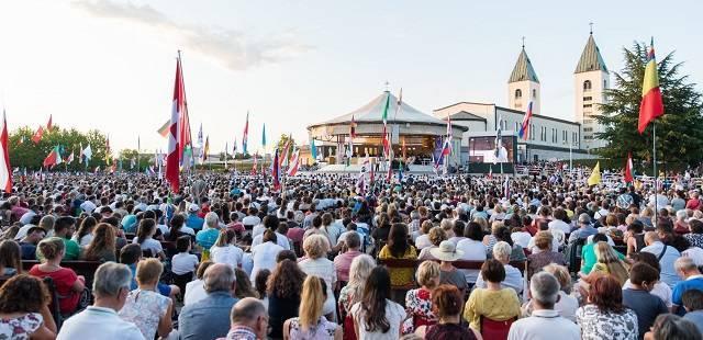Cardenales y obispos de todo el mundo en Medjugorje: ¿Qué está pasando? Lo explica Jesús García…