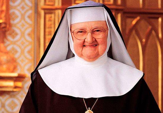 """""""Respuestas, no promesas"""", libro de la Madre Angélica y valioso manual de vida cristiana"""