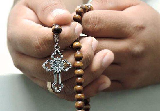 ¿Sabías que puedes ganar indulgencias con el Santo Rosario?