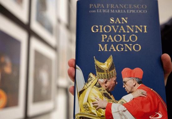 El Papa Francisco reitera total sintonía con Juan Pablo II sobre sacerdocio y celibato